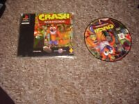 PLAYSTATION 1 GAME CRASH BANDICOOT