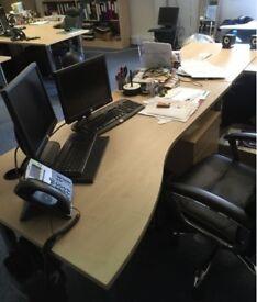 3 Convenient Desk Spaces
