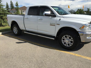 2014 Dodge Power Ram 2500 Laramie 4x4 5.7 V8 hemi Pickup Truck
