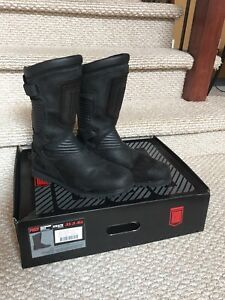 ICON 1000 motorcycle boots