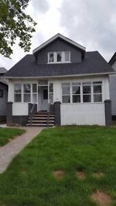 Gorgeous Fully Renovated 3 Bdrm Porch,Deck,Shed