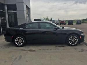 2016 DODGE CHARGER SXT GREAT CONDTION  & REMAINING WARRANTY !!