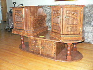 Coffee table with matching door side tables