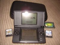 NINTENDO DS LITE BLACK WITH GAMES AND CASE AND CHARGER