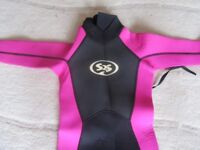 Girl's Small Wetsuit