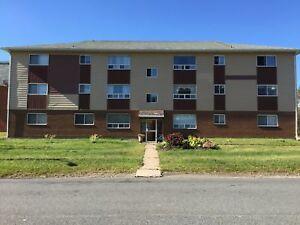 496 Ellerdale - Ground Floor apartment available- Unit 8