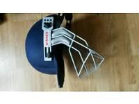 Cricket safety helmet