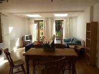 Luxury One Bedroom Flat To Rent In SE1 With Garden