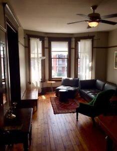 Downtown 2 Bdrm Furnished in Restored Heritage Property