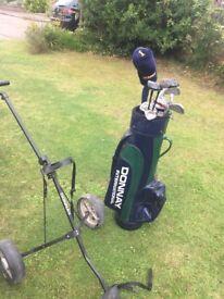 Donnay Golf Clubs Bag & Trolley