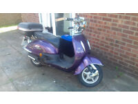 Tamoretti 125cc Retro Purple Scooter 600 ono