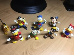 Lot de 8 figurines Disney