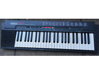 YAMAHA PORTATONE PSR-3 ELECTRONIC SYNTHESIZER KEYBOARD.