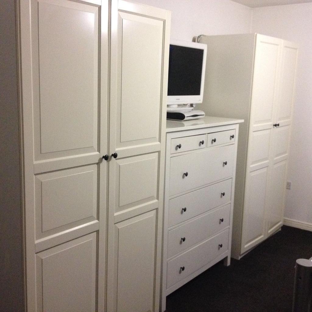 set of 2 ikea hemnes wardrobes excellent now. Black Bedroom Furniture Sets. Home Design Ideas