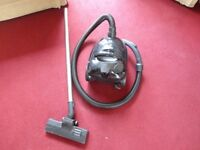 small black daewoo hoover 1500 w in working order