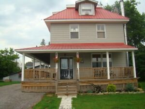 Hobby Farm with Renovated Century Home 20 mins. from Aylmer!!