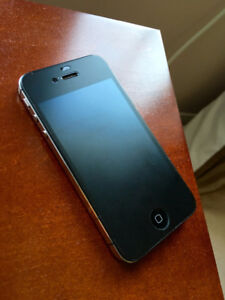 iPhone 4S Black 16GB works only with Bell SIM cards