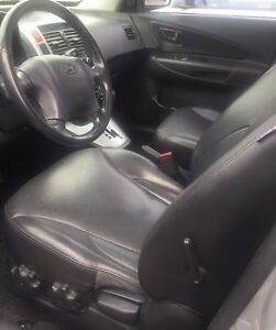 2008 Tucson leather sunroof (6 cylinder)