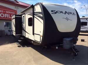 2014 Solaire by Palomino 247RKES Outside Entertainment, 3 Slides