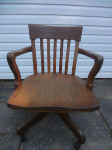 Antique Krug Chair Buy And Sell Furniture In Ontario