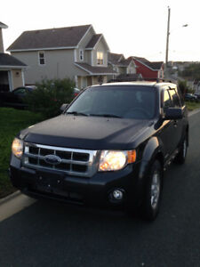 2008 Ford Escape SUV, Crossover - ONLY 94,000KMS!