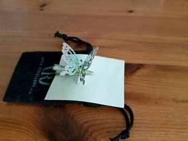 Butterfly hairslide