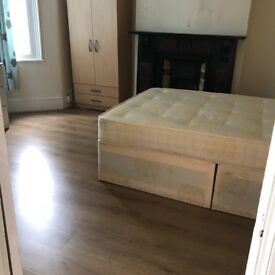 A spacious double room for rent in Manor Park Including Bills