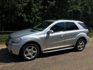 2008 Mercedes-Benz M-Class 550/AMG SUV, Crossover