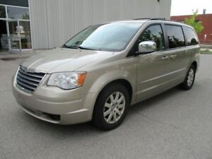 2009 Chrysler Town & Country Touring