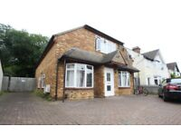 Very large 4 bedroom flat to let Hills Road Cambridge