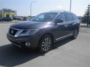 2014 Nissan Pathfinder SL/Leather/Pano Sunroof/