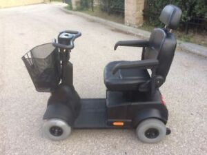 Black Fortress 1700 DT 4-Wheel Mobility Scooter