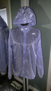 Xl ladies Nike running jacket (says xl but fits 12-14)