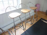 3 comfortable and stylish stools