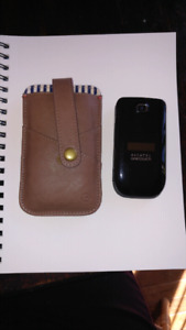 Alcatel onetouch flip phone (case is sold)