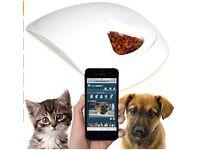 Smart Pet Feeder - Webcam & Distance controlled