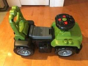 Mega block Jeep Ride On in execellent condition - $30
