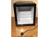 Husky 48L Fridge HUS-HY213 Black GENUINE Refrigerator Mini Chiller Drinks Beer (RRP £140)