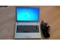 Samsung 13.3in laptop Win 7 pro SSD128 4 ram Disc drive