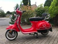 Modena 125cc scooter