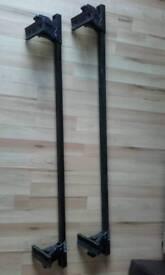 Thule roof bars / rack