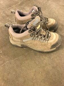 Women's steel toed safety boots size 6