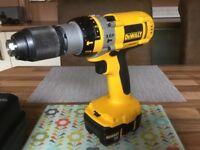 Dewalt DC988 18volt XRP 3speed li ion hammer drill c/w multi voltage Dewalt charger
