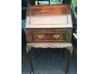 Beautiful reproduction Queen Anne Style Desk