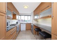 SPECIOUS 1 BEDROOM FLAT WITH GYM AND POOL ACCESS ***MUST TO BE SEEN***