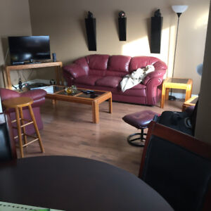 Fully furnished- ready to move into