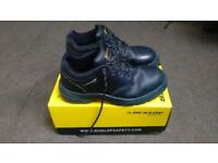 Safety boots Dunlop, size 10