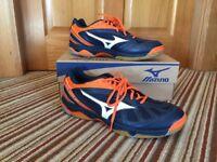 Unworn size 12 mizuno indoor court shoes