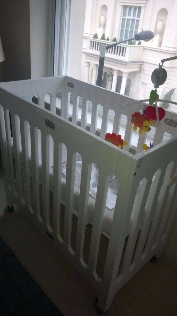 Bloom Alma Mini Crib, Coconut