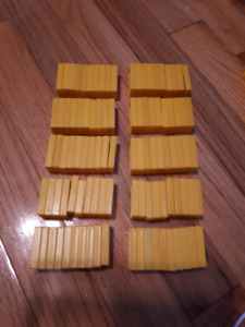 100 Yellow Dominoes